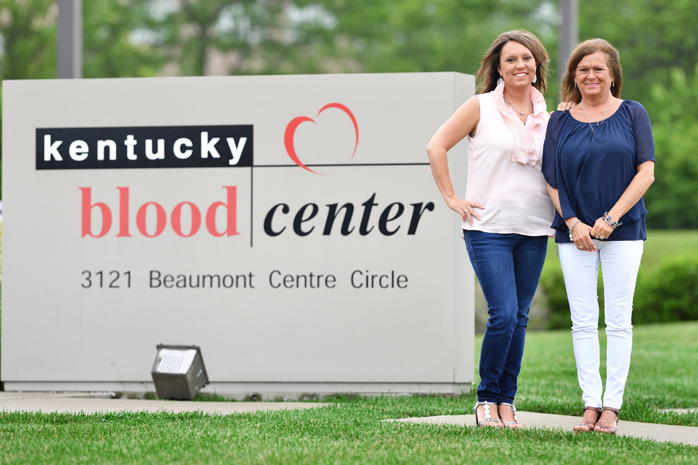 Promoting blood donation is a family affair for Belinda and her mom Connie.