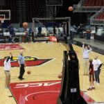 Cardinal fans: Donate blood at the KFC Yum! Center in Louisville on February 21, 2017